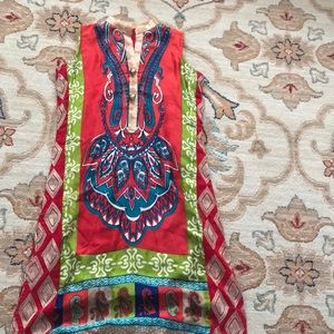 Tops - Beautiful silk tunic with embroidered back